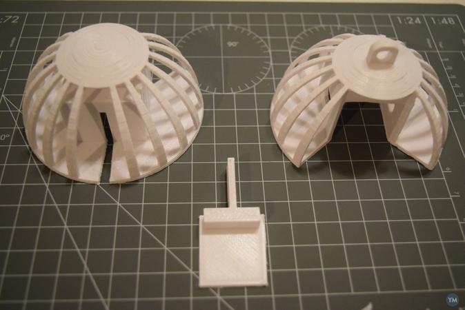 3D Printer in a Tree Ornament