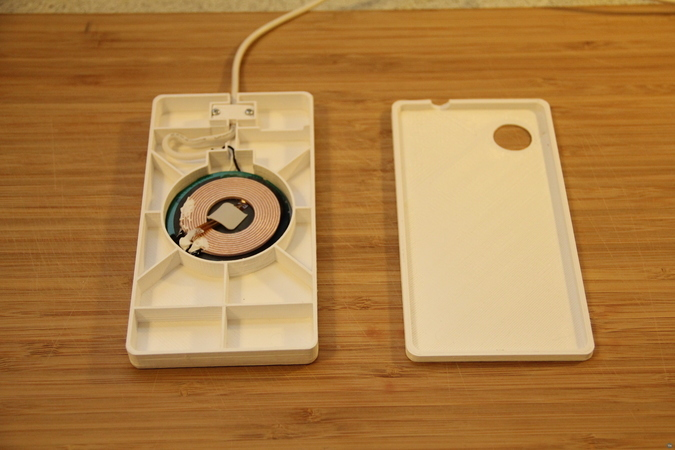 IKEA charger mod for Nexus One (SCAD)