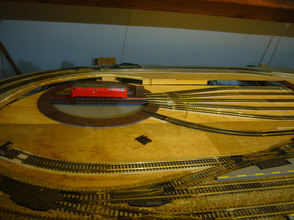H0 Train turntable
