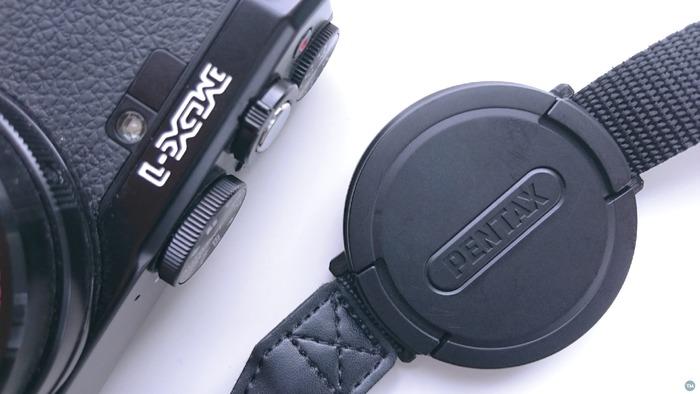 Pentax MX-1 lens cap holder