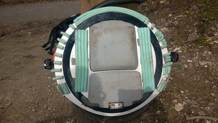 Bracket for mounting lights on Ninebot one  E+