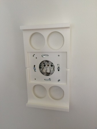 iPad 3 / 4 Wall mount