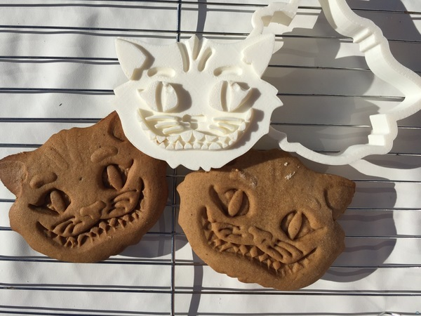 Cheshire Cat Cookie Cutter