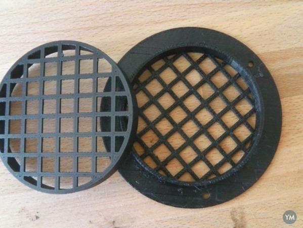 Speaker enclosure resistance vent