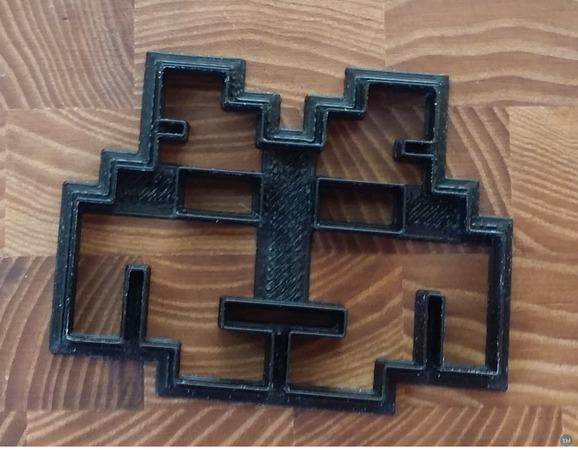 Space invader cookie cutter