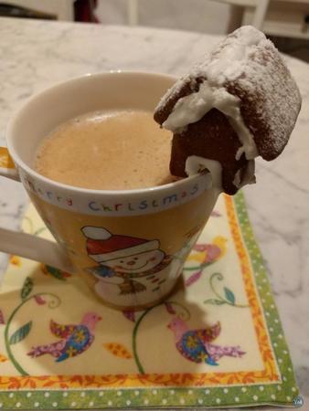 Gingerbread-Tea-House
