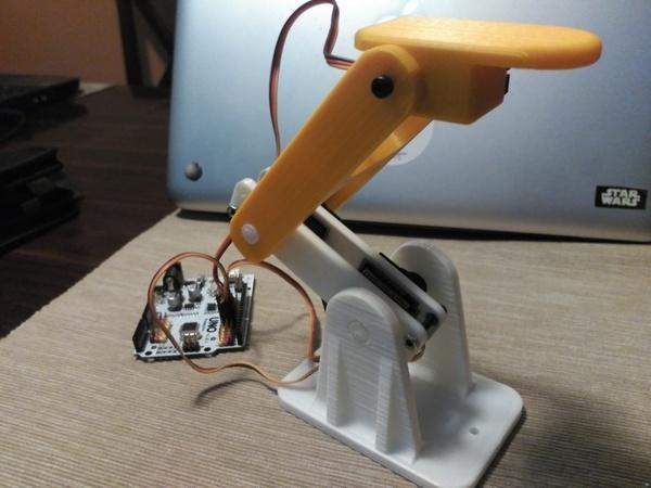 Little Robot Arm