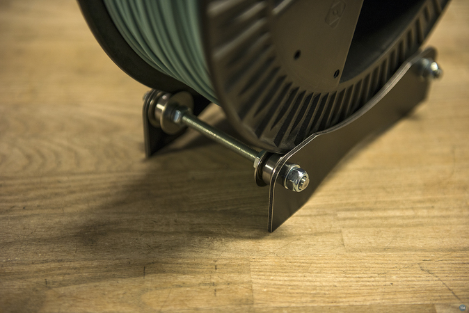 Spool holder for large filament spools