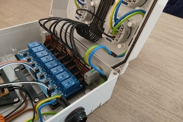 YouMagine – Raspberry Pi 8-channel relay box by Marcel