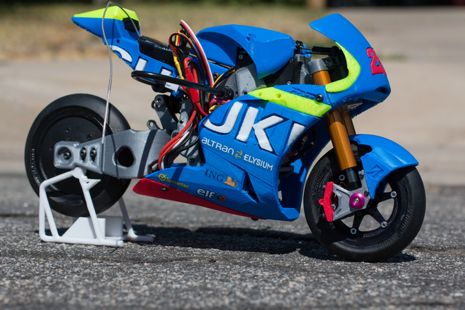 2016 SUZUKI GSX-RR 1:8 RACING RC MOTOGP VERSION 2
