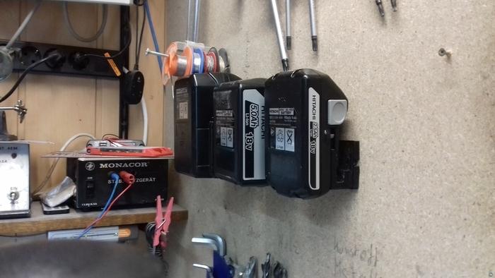 Hitachi Drill Machine Accu Holder (36 Volt Version)
