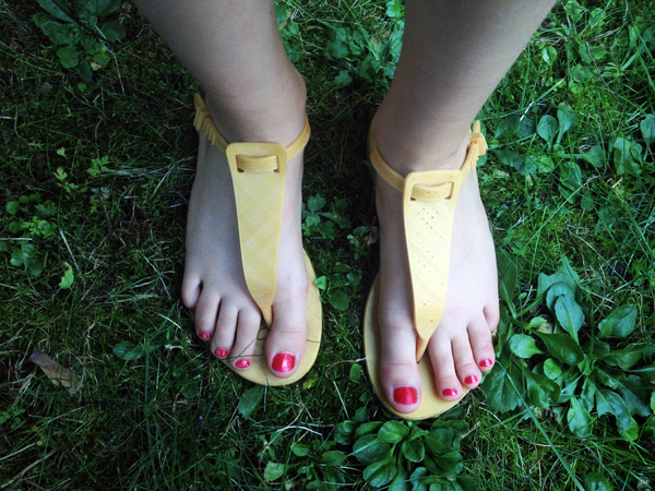 Show your feet! - On montre ses pieds!
