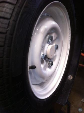 Tire hub cap
