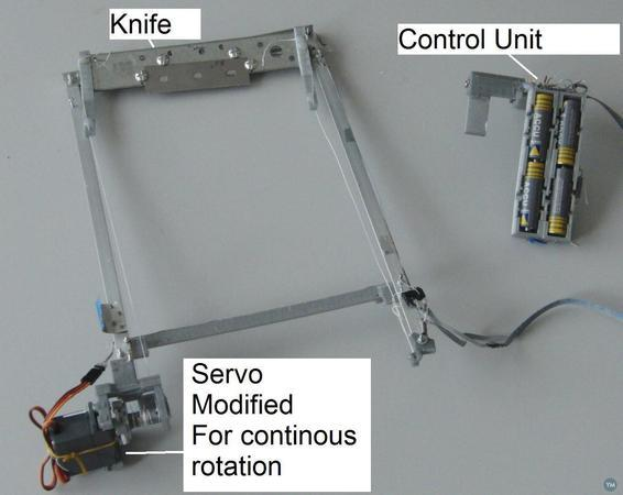 Automatic part unloader for Ultimaker 2 and 3.