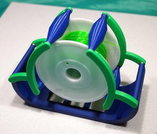 Improved Spool Holder Design To Prevent Filament Tangles