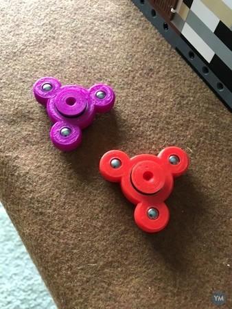 Small fidget spinner