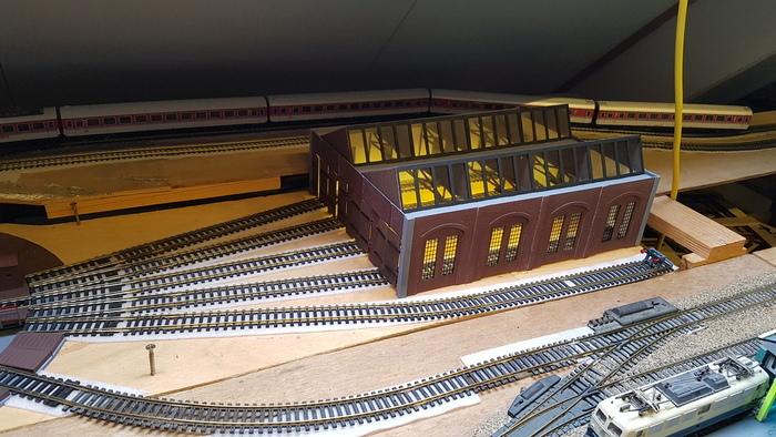 Locomotive shed H0