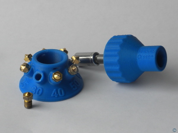 Organizer for nozzles with Olsson torque wrench holder