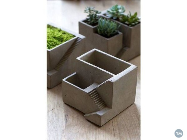 Fort Type Mini Flower Pot