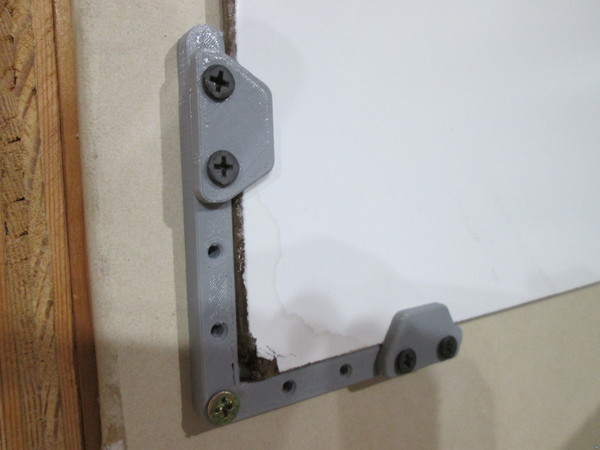 Whiteboard corners