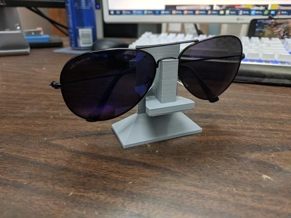 Eyeglass/Sunglass holder