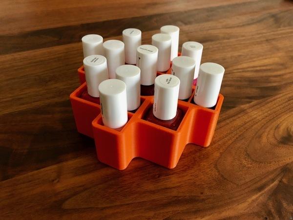 Carbonoid's Essie Nail Polish Box
