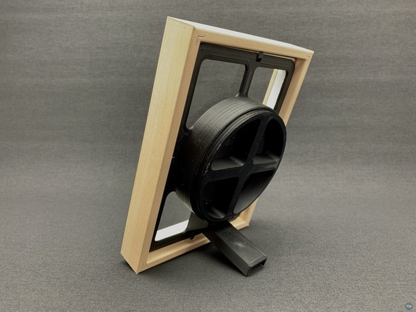 """Qi wireless charger insert for 5x7"""" picture frames"""