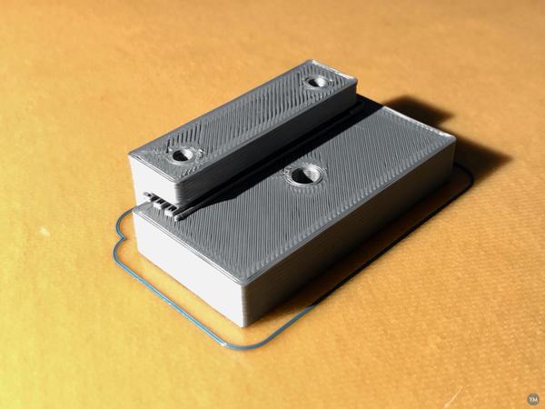 Door magnet holder for Weber Spirit 210 Gas Grill