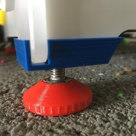 Regulating Feet for Ultimaker 2