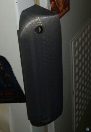 Fridge side handle