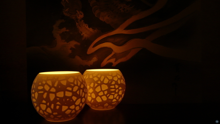 Petrified Shallows (Tealight holder - Voronoi noise)