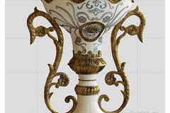 Eriq Pedestal Floor Vase Big