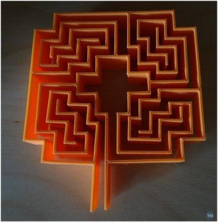 Roman square Rose labyrinth
