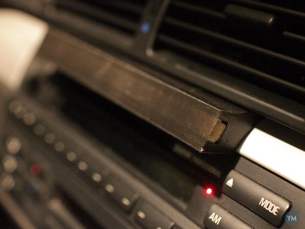 BMW e46 magnetic tablet holder stripe