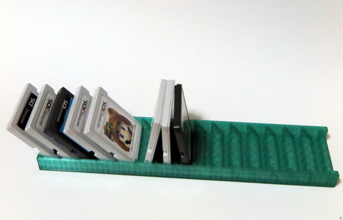 Nintendo ds / 3ds game holder