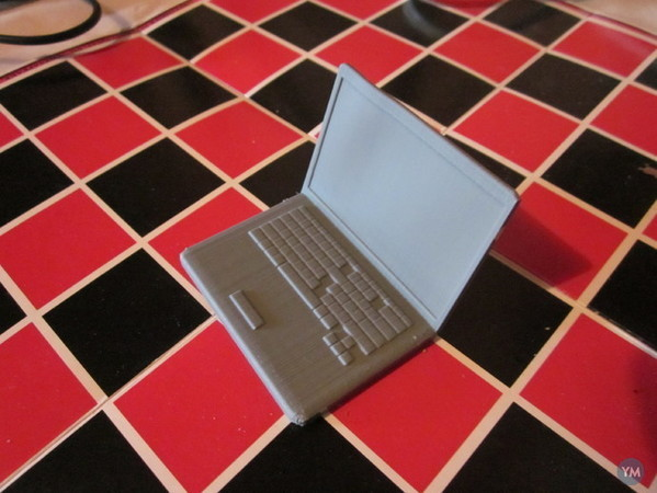 Model Laptop