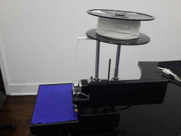 Printrbot free-spinning fillament spool holder (using 608 bearing)