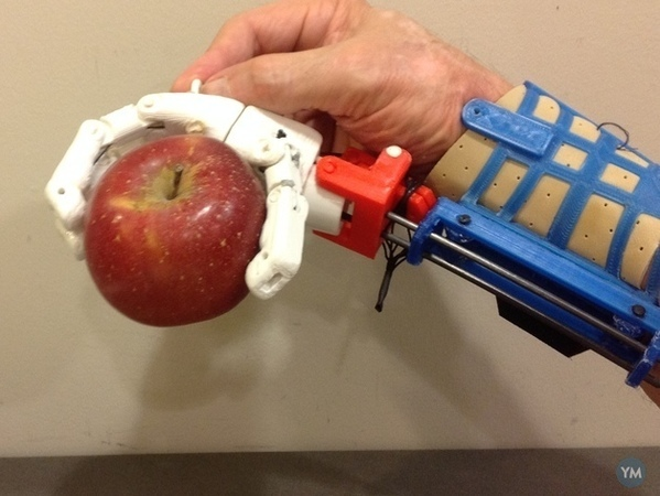 Prosthetic Hand for designers to experience