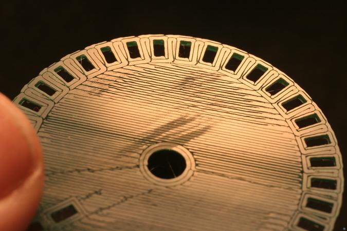 32-slot encoder wheel