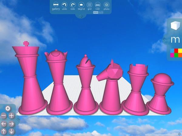 Morphi Queen Chess Piece