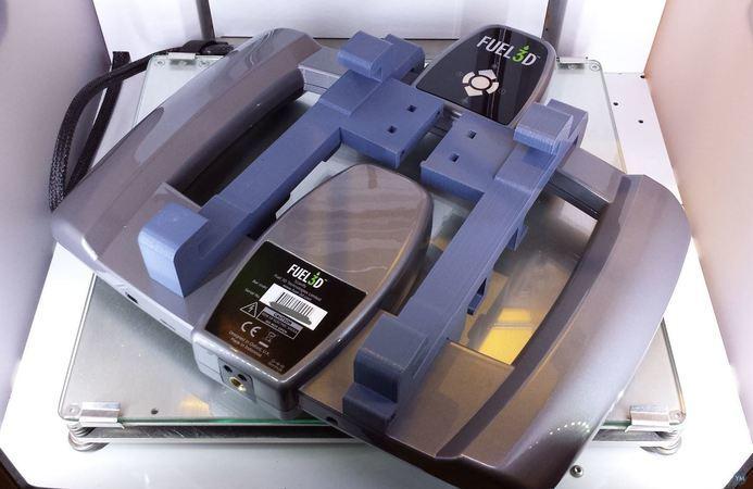 Fuel3D tablet hook