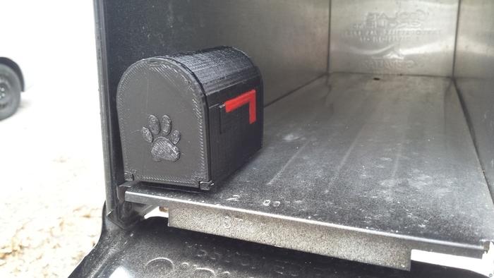 Dog Mail Box
