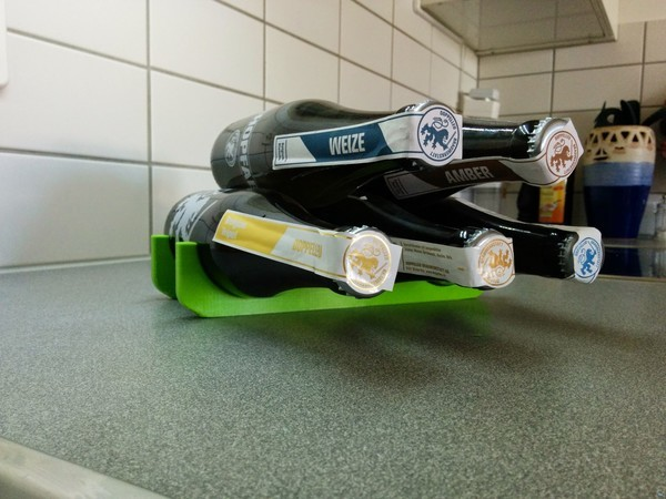 Beer bottle and can rack