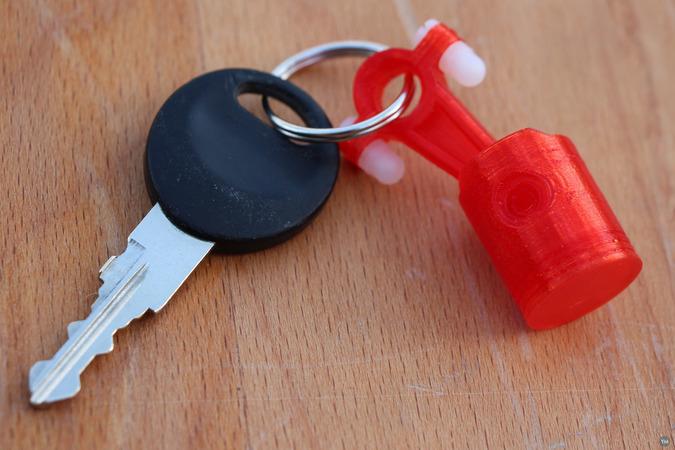 Keychain Piston
