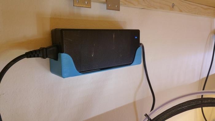 A better UM2 Power Supply Holder
