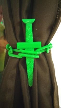 Sword Thru Chain Drapery Tie